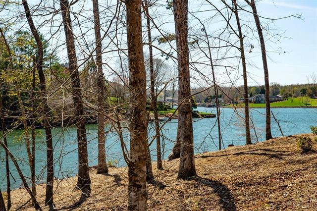 5218 Peninsula Drive #39, Granite Falls, NC 28630 (#3467712) :: Keller Williams South Park