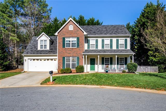 6113 Spring Flower Court, Charlotte, NC 28262 (#3469618) :: Team Honeycutt