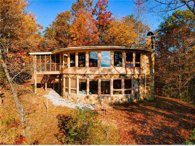 2543 Round Mountain Road, Brevard, NC 28712 (#3470978) :: Charlotte Home Experts