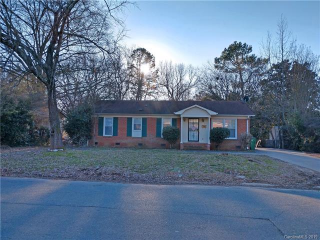 1307 Squirrel Hill Road, Charlotte, NC 28213 (#3471599) :: Cloninger Properties