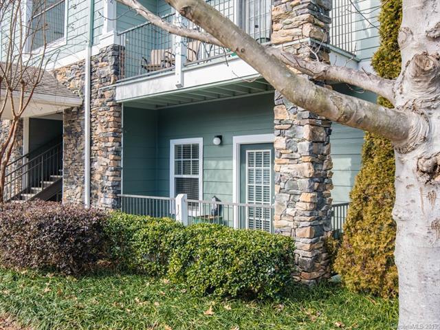 500 Vista Lake Drive #101, Candler, NC 28715 (#3471633) :: Keller Williams South Park