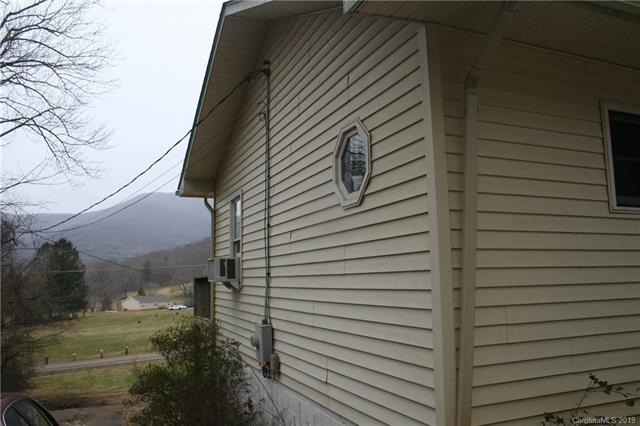 2109 North Fork Right Road, Black Mountain, NC 28711 (#3473127) :: Rowena Patton's All-Star Powerhouse
