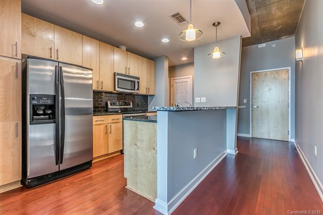 210 Church Street #2804, Charlotte, NC 28202 (#3473719) :: Scarlett Real Estate