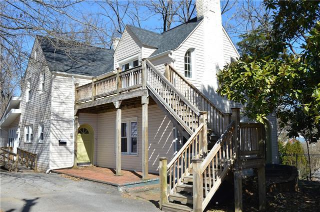 502 West Avenue NW, Lenoir, NC 28645 (#3474283) :: Washburn Real Estate