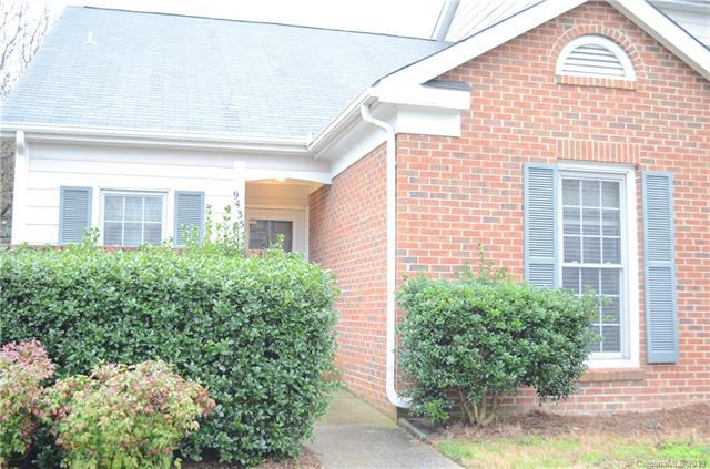 9435 Kings Falls Drive, Charlotte, NC 28210 (#3474760) :: Exit Mountain Realty