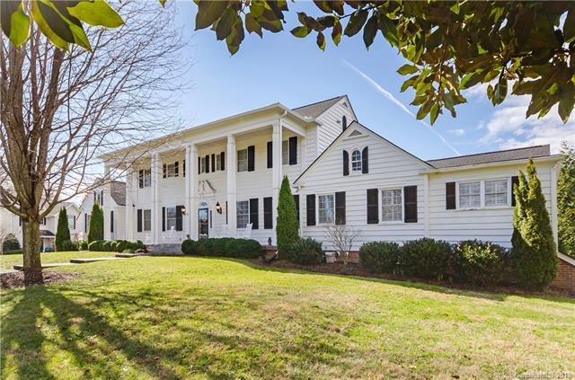 58 Towne Place Drive, Hendersonville, NC 28792 (#3476010) :: Keller Williams Professionals