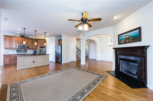 5737 Glenmore Garden Drive, Charlotte, NC 28270 (#3478356) :: Odell Realty