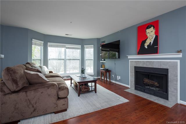 509 N Graham Street 2F, Charlotte, NC 28202 (#3478564) :: Exit Mountain Realty
