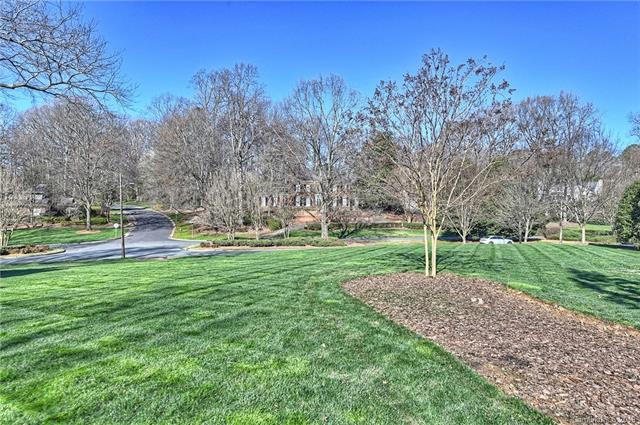 3723 Foxcroft Road, Charlotte, NC 28211 (#3481267) :: LePage Johnson Realty Group, LLC