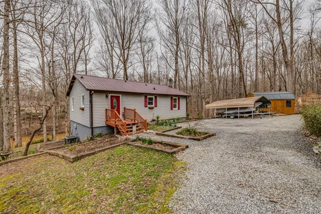 7124 Beargrass Road #16, Sherrills Ford, NC 28673 (#3483988) :: The Premier Team at RE/MAX Executive Realty