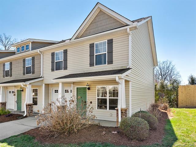 82 Old Salem Court, Fletcher, NC 28732 (#3484770) :: Johnson Property Group - Keller Williams