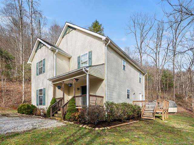 800 Point Of View Drive, Waynesville, NC 28785 (#3485501) :: Keller Williams South Park