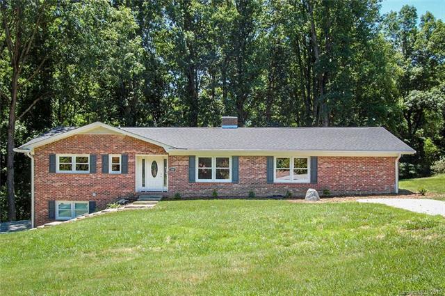 200 Whispering Hills Drive, Hendersonville, NC 28792 (#3487971) :: High Performance Real Estate Advisors