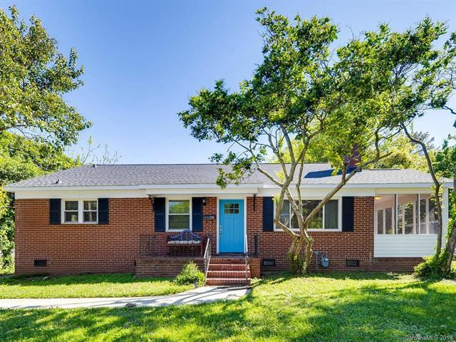1138 E Woodlawn Road, Charlotte, NC 28209 (#3489218) :: Stephen Cooley Real Estate Group