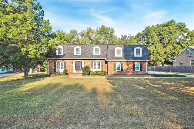 4312 Carmel Road, Charlotte, NC 28226 (#3490219) :: MOVE Asheville Realty