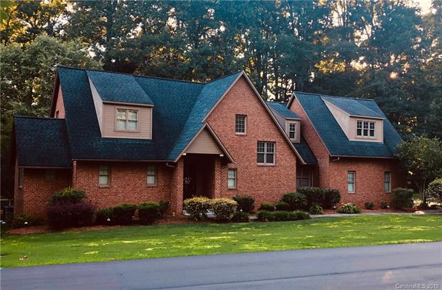 410 Gleneagles Road W, Statesville, NC 28625 (#3490299) :: LePage Johnson Realty Group, LLC