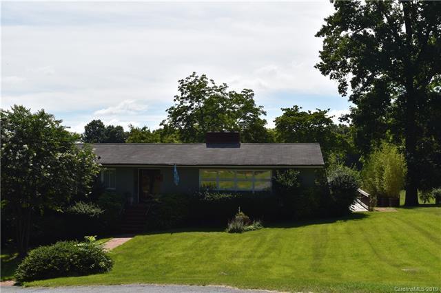 624 Dogwood Road, Statesville, NC 28677 (#3491521) :: Team Honeycutt