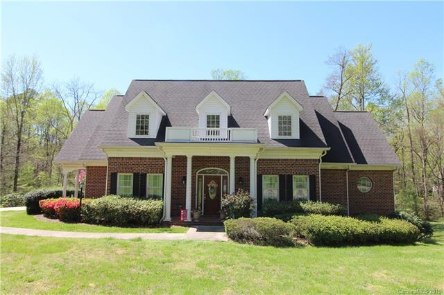 540 Saint Cloud Drive, Statesville, NC 28625 (#3494122) :: LePage Johnson Realty Group, LLC
