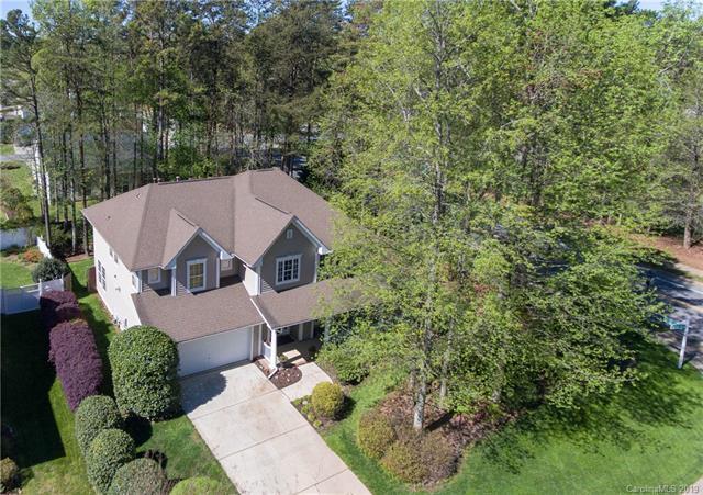 8630 Common Oak Lane, Huntersville, NC 28078 (#3494319) :: High Performance Real Estate Advisors