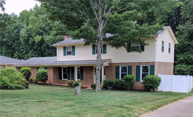 6509 Pencade Lane, Charlotte, NC 28215 (#3495291) :: LePage Johnson Realty Group, LLC