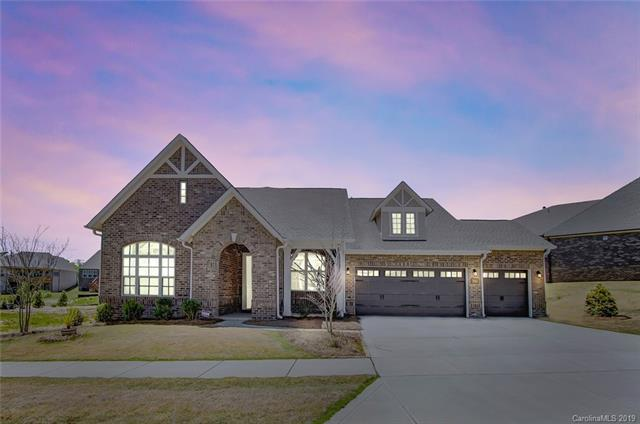2020 Massy Clark Drive, Matthews, NC 28105 (#3496535) :: High Performance Real Estate Advisors