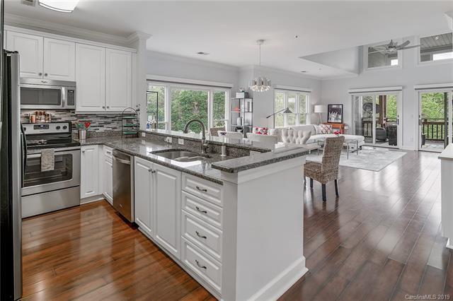 18726 Nautical Drive #304, Cornelius, NC 28031 (#3496910) :: Washburn Real Estate