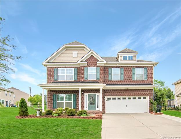 10124 Newtonmore Drive, Charlotte, NC 28278 (#3497473) :: LePage Johnson Realty Group, LLC