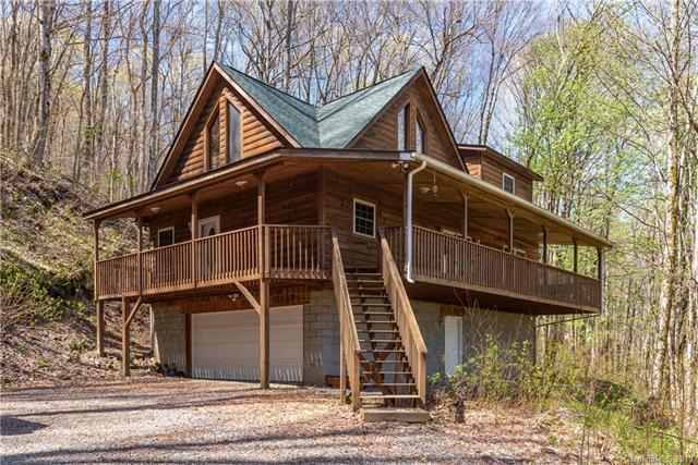 513 Apple Creek Road, Waynesville, NC 28786 (#3497839) :: Keller Williams Professionals