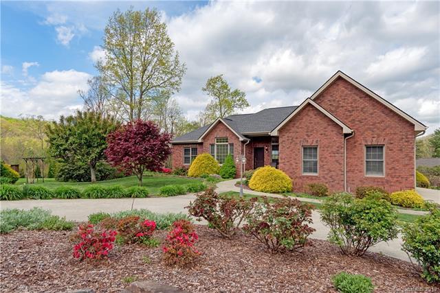 28 Tudor Crescent Court, Hendersonville, NC 28739 (#3498152) :: High Performance Real Estate Advisors