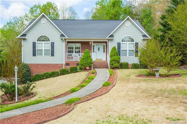 2408 28th Ave Court, Hickory, NC 28601 (#3498178) :: High Performance Real Estate Advisors