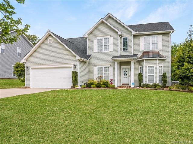 5810 Underwood Avenue, Charlotte, NC 28213 (#3498318) :: LePage Johnson Realty Group, LLC