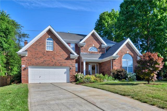 15823 Burlingame Drive, Huntersville, NC 28078 (#3498963) :: High Performance Real Estate Advisors
