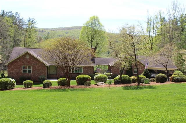 3211 Farmwood Place, Lenoir, NC 28645 (#3499260) :: Carlyle Properties