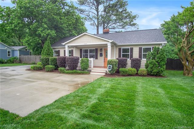 635 Marsh Road, Charlotte, NC 28209 (#3500365) :: Stephen Cooley Real Estate Group