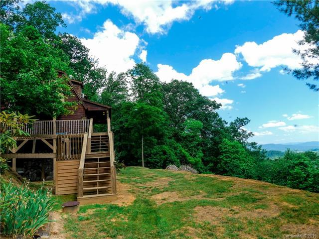 154 Cherry Berry Drive, Waynesville, NC 28785 (#3500812) :: Keller Williams Professionals
