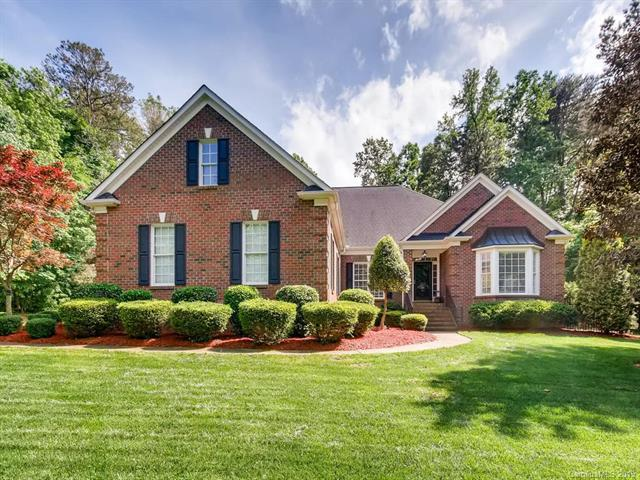 400 Sherwood Drive, Huntersville, NC 28078 (#3502107) :: Scarlett Real Estate