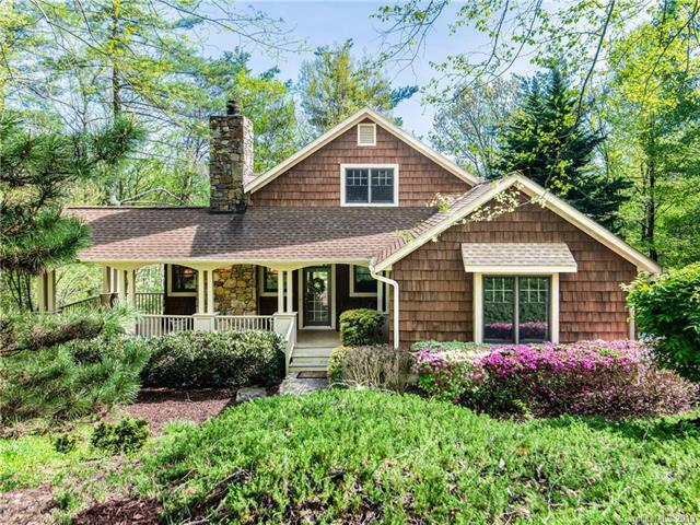 135 Bobby Jones Drive, Hendersonville, NC 28739 (#3503418) :: Bluaxis Realty