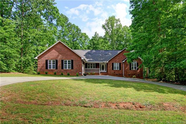149 Poplar Leaf Lane, Statesville, NC 28625 (MLS #3503538) :: RE/MAX Impact Realty
