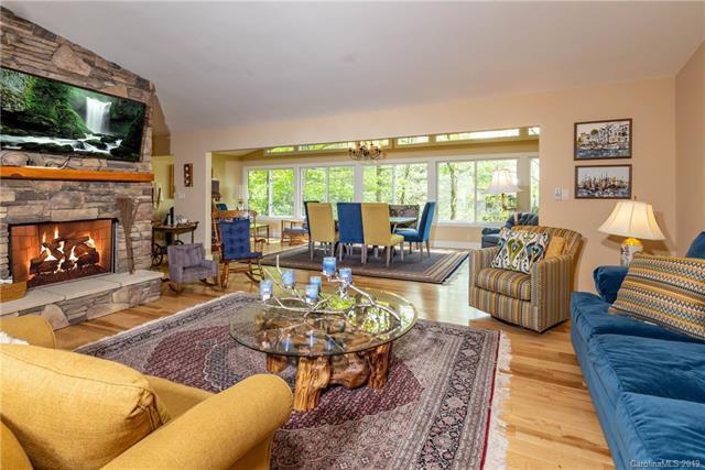 151 Tsisdu Court, Brevard, NC 28712 (#3503565) :: Washburn Real Estate