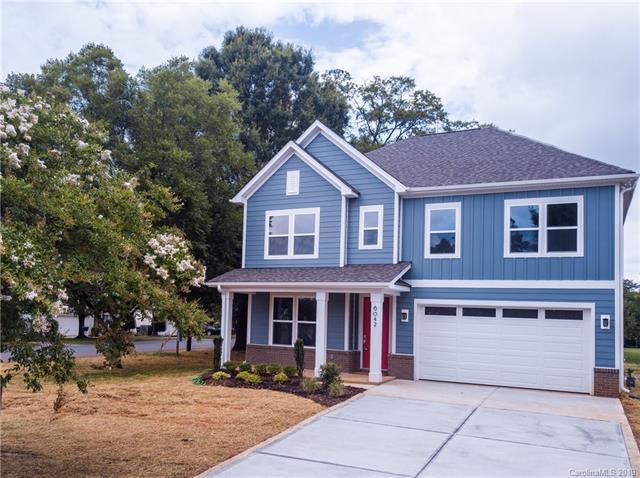 6042 Fox Crossing Drive, Charlotte, NC 28216 (#3504264) :: Cloninger Properties