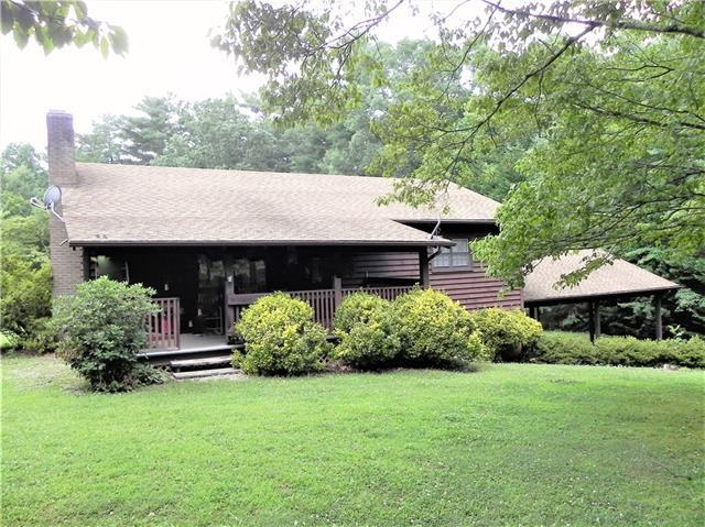 2577 Cannon Place, Hudson, NC 28638 (#3504306) :: Homes Charlotte
