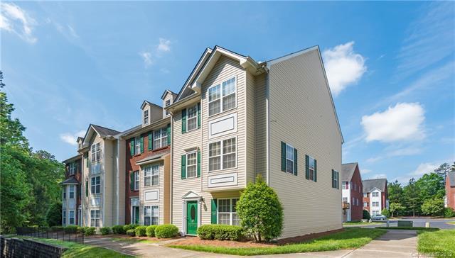 10007 Treeside Lane, Matthews, NC 28105 (#3504919) :: LePage Johnson Realty Group, LLC