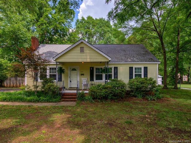 4343 Craig Avenue, Charlotte, NC 28211 (#3506417) :: SearchCharlotte.com