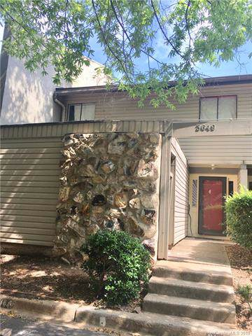 3649 Maple Glen Lane, Charlotte, NC 28226 (#3507714) :: Roby Realty