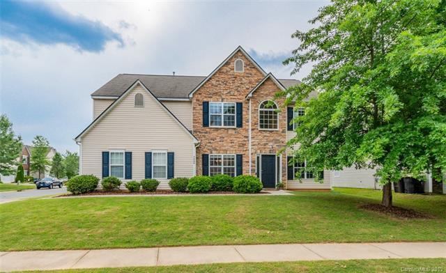3008 Royal Troon Drive, Matthews, NC 28104 (#3507731) :: Charlotte Home Experts
