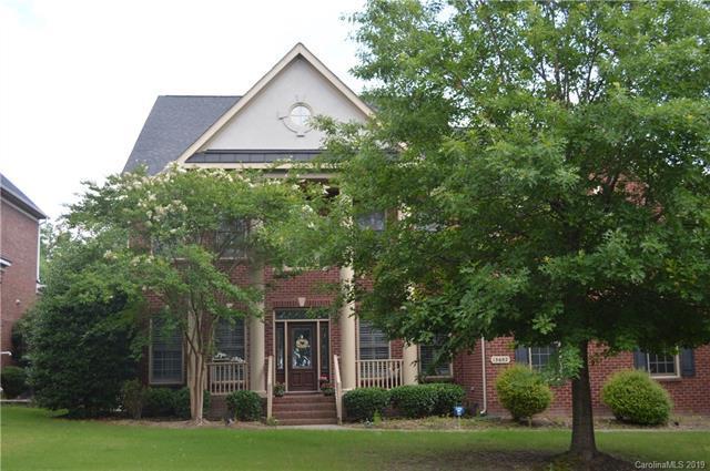 13602 Glen Abbey Drive, Charlotte, NC 28278 (#3508073) :: MartinGroup Properties