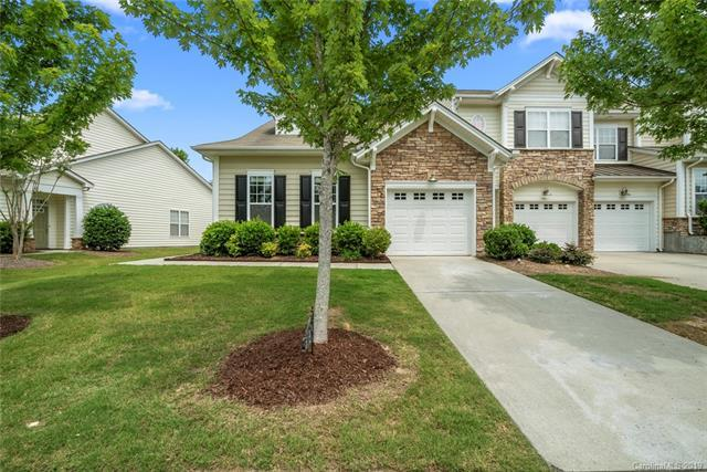 512 Pine Links Drive, Tega Cay, SC 29708 (#3509175) :: Miller Realty Group