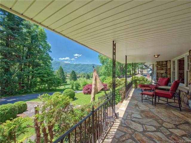 261 Longview Drive, Waynesville, NC 28786 (#3509864) :: Robert Greene Real Estate, Inc.