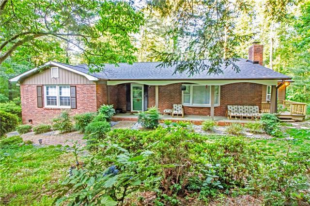 225 Park Lane, Hendersonville, NC 28791 (#3510254) :: LePage Johnson Realty Group, LLC