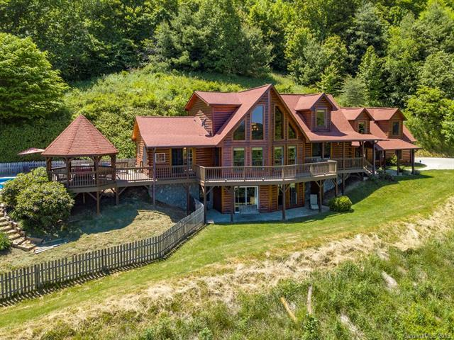 438 Sheep Pasture Road, Waynesville, NC 28785 (#3510640) :: Mitchell Rudd Group